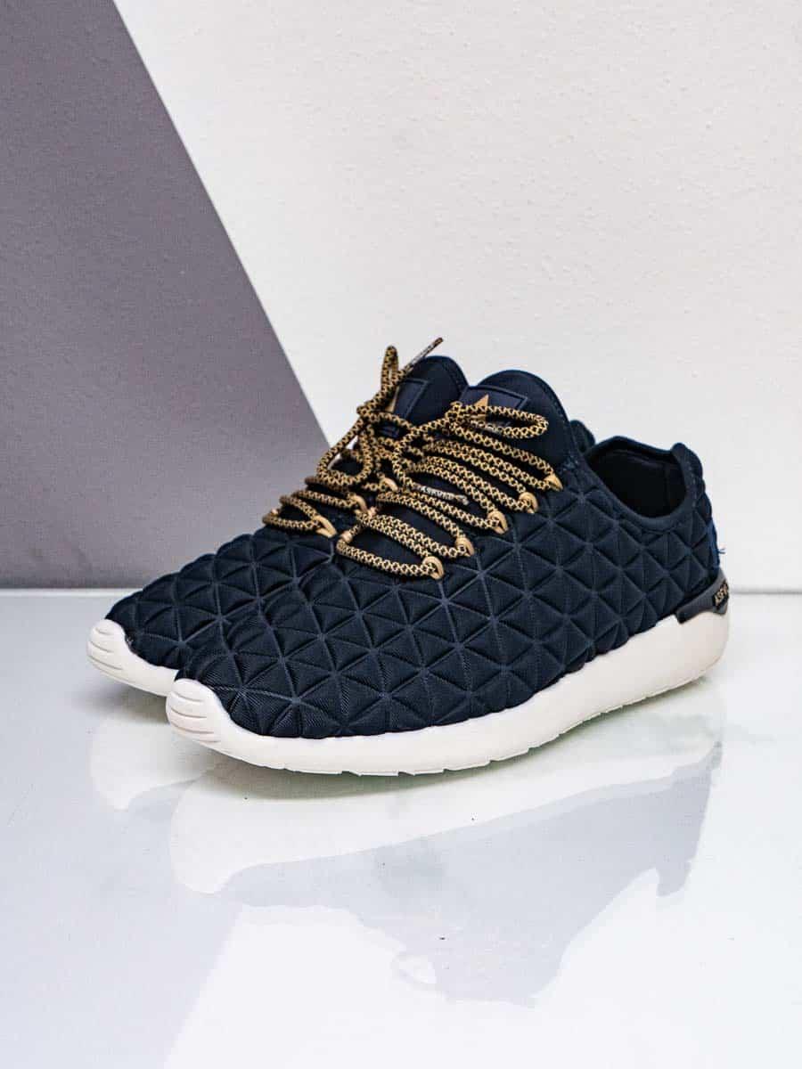 ASFVLT Sneakers leggerissime in tessuto trapuntato con lacci a contrasto SSH20