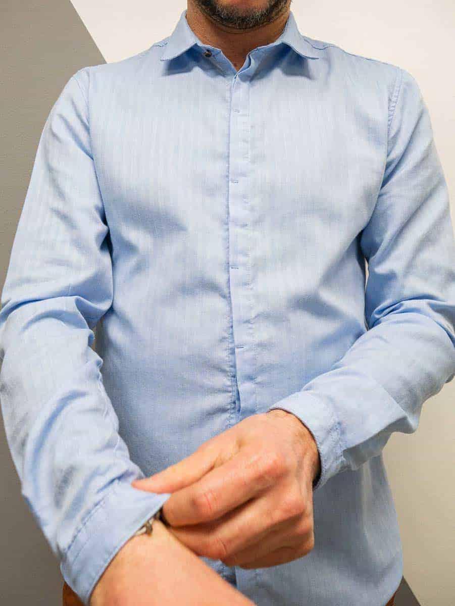 BL11 Camicia in cotone operato tinta unita con colletto FLIP