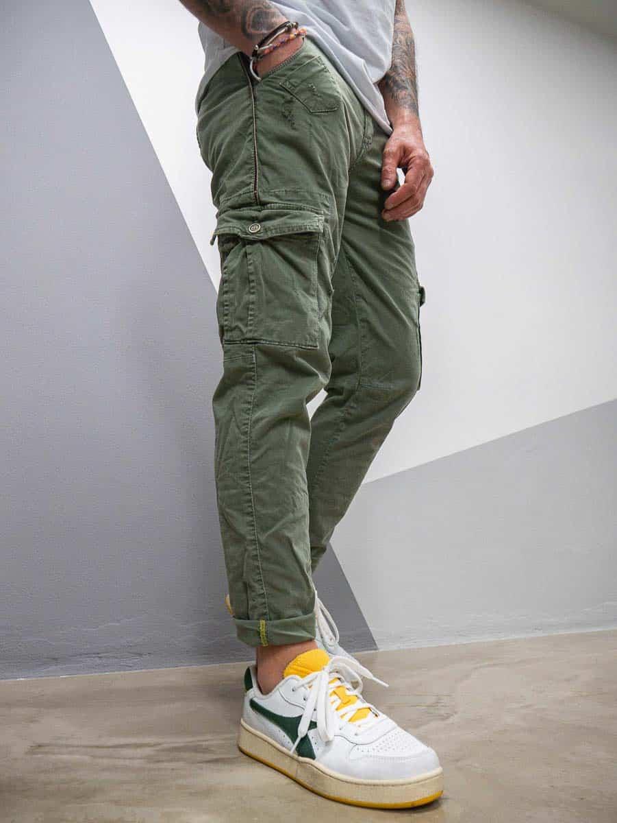 IMPERIAL Pantalone con tasconi laterale piccole rotture P36128137