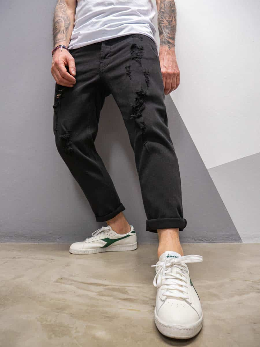 OVER-D Jeans in cotone con rotture OM764JN