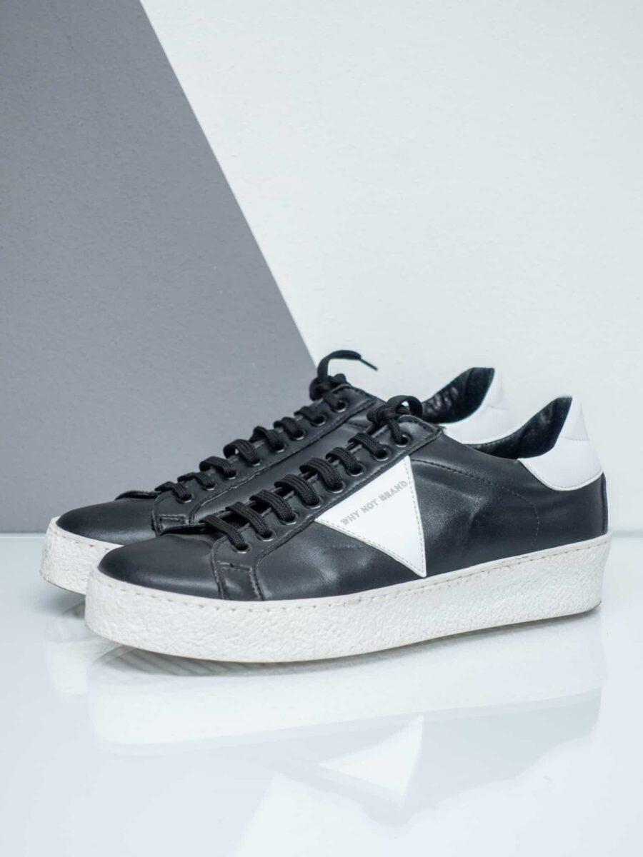 WHYNOTBRAND Sneakers in ecopelle con para lavorata, triangolo logo a contrasto e linguetta in nabuk WOF46
