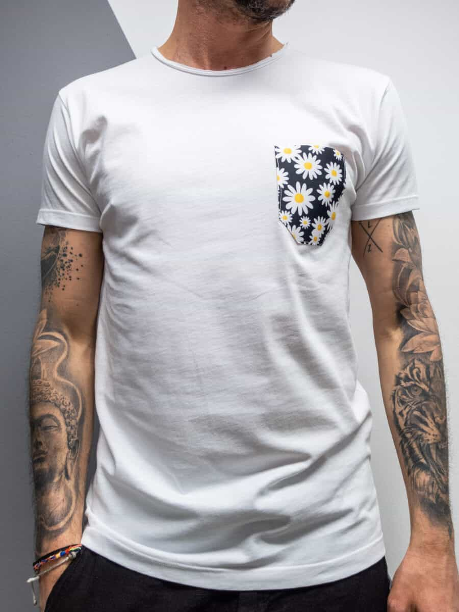 V2 T-Shirt in cotone con taschino stampa MARGHERITE 25