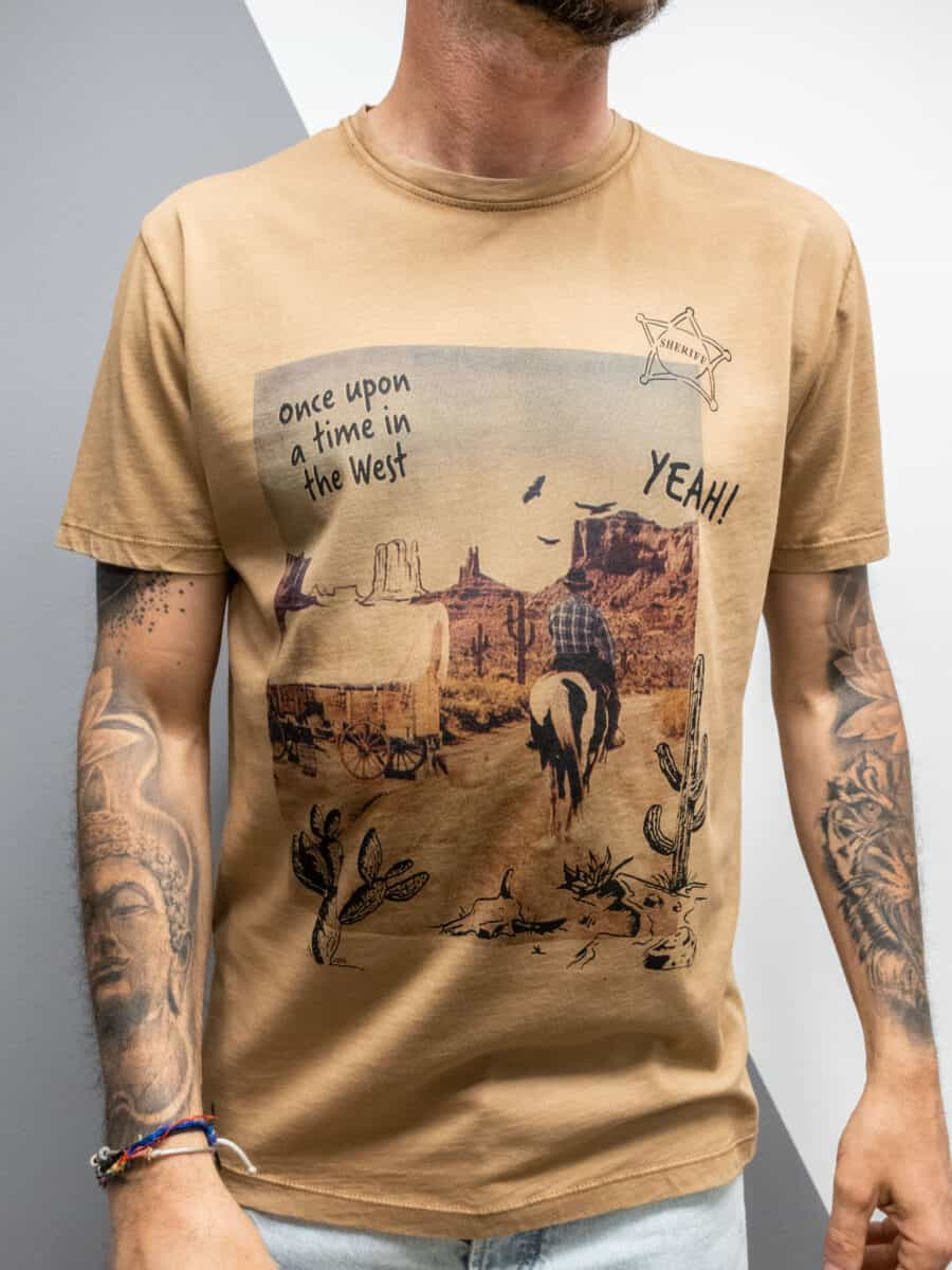 OVER-D T-shirt in cotone con stampa western OM821TS